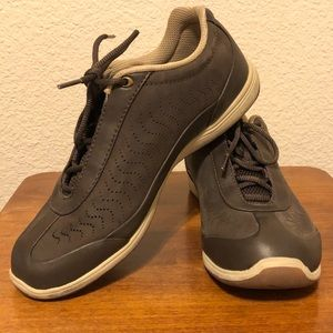 Shoes - Dr Andrew Weil Brown Shoes 6.5